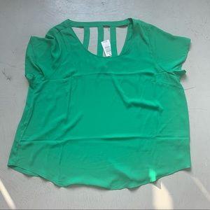 Torrid Georgette blouse in Kelly green Size 3 plus